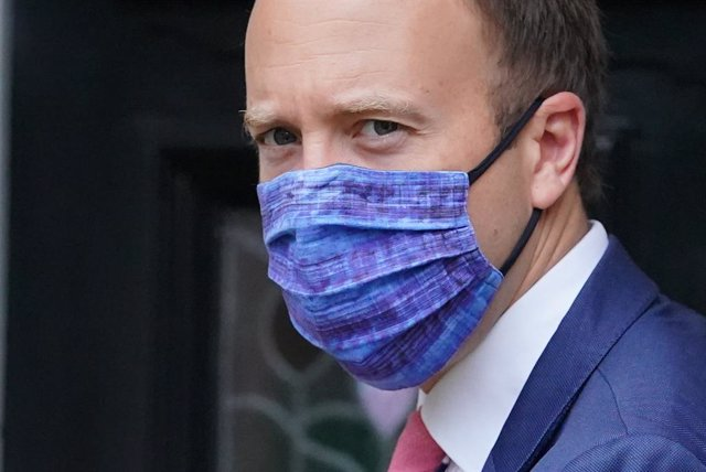 17 June 2021, United Kingdom, London: UK Health Minister Matt Hancock leaves his home a day after a series of WhatsApp exchanges were published by Dominic Cummings, former adviser to UK Prime Minister, criticising Hancock over coronavirus testing. Photo: