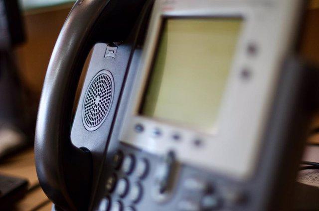 Teléfono fijo.