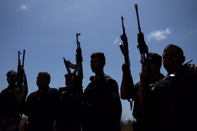 Imagen de archivo de integrantes de un grupo de autodefensas de Michoacán, en el sur de México.