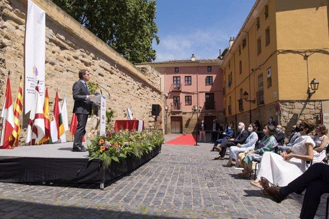 El presidente de la Xunta de Galicia, Alberto Núñez Feijoó en un acto en Logroño del Camino de Santiago