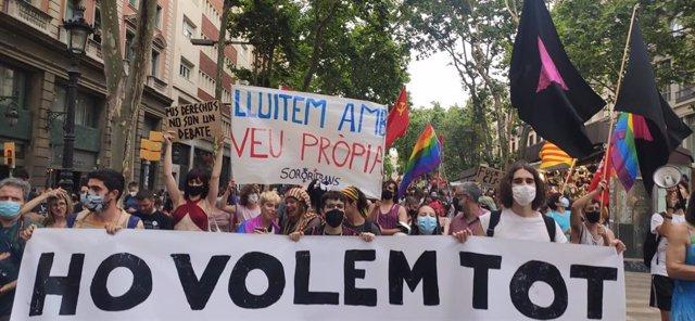 """Manifestació a Barcelona per """"l'alliberament sexual i de gènere"""""""