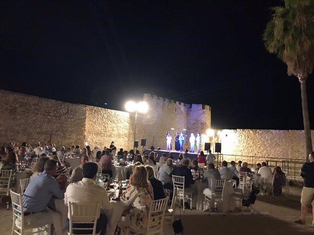 Cocina y patrimonio se fusionan para ofrecer una experiencia única en la IV Noche Gastronómica de Lopera