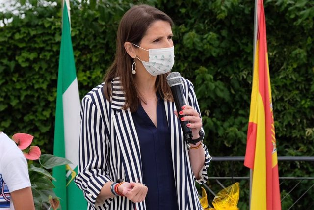 La delegada de Educación y Deporte de la Junta de Andalucía  en Málaga, Mercedes García Paine, en una imagen de archivo