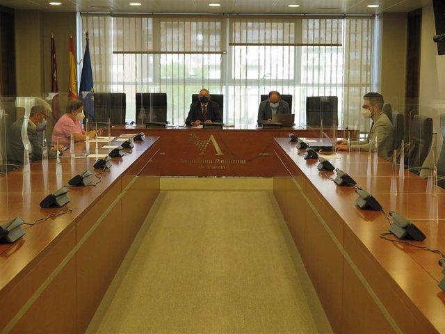 La Mesa de la Asamblea Regional
