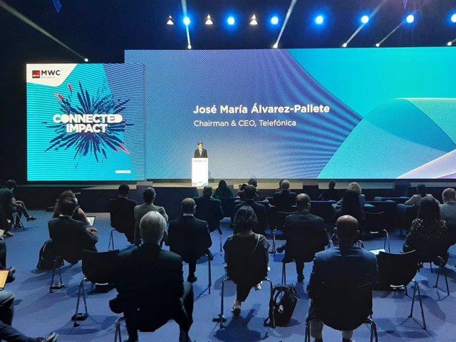 El presidente de Telefónica, José María Álvarez-Pallete, durante el discurso inaugural del Mobile World Congress 21, que comienza este lunes 28 de junio en Barcelona tras no haberse celebrado por la pandemia en 2020.