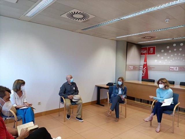 La Portavoz Del PSOE En La Asamblea De Madrid, Hana Jalloul, Se Reúne Con El Comité De Empresa De Telemadrid