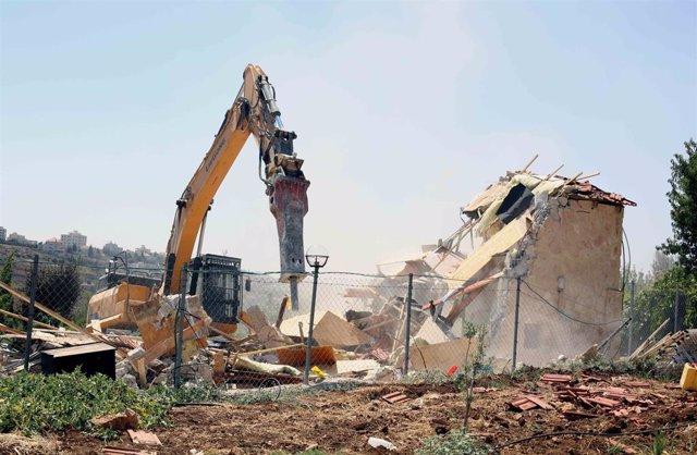 Archivo - Demolicion de una vivienda en Beit Jala