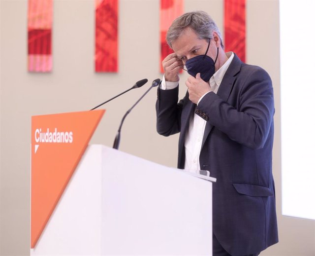 El vicesecretario general y secretario de Comunicación de Ciudadanos, Daniel Pérez, en una rueda de prensa en la sede del partido en Madrid.