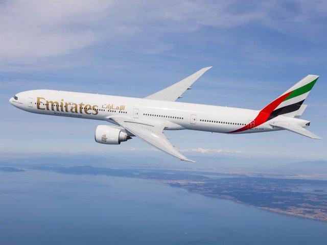 Archivo - Avión de Emirates.