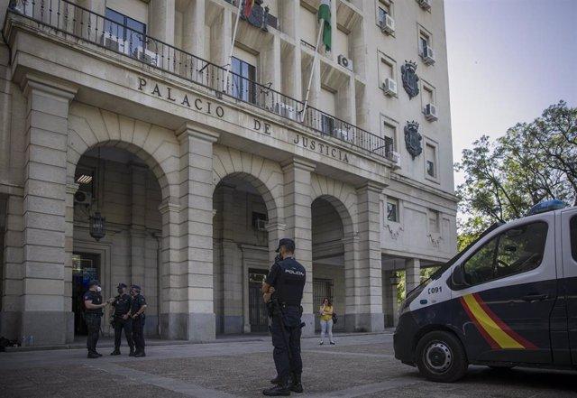 Archivo - La Audiencia de Sevilla acoge la tercera sesión del juicio conocido como el Triple Crimen de Dos Hermanas. En Sevilla (Andalucía, España), a 24 de junio de 2020.