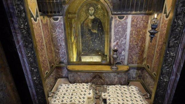 Palios arzobispales que recibirán los recientes prelados metropolitanos en Roma