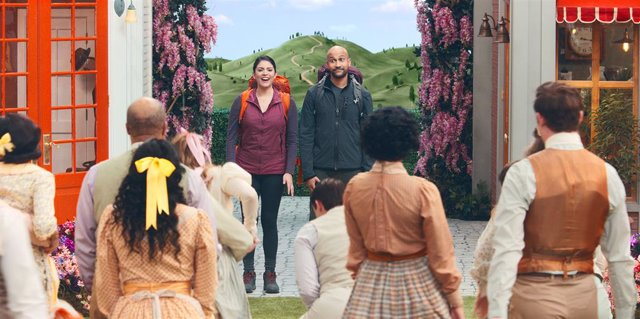 Cecily Strong y Keegan-Michael Key viven una parodia musical en el tráiler de Schmigadoon de AppleTV+