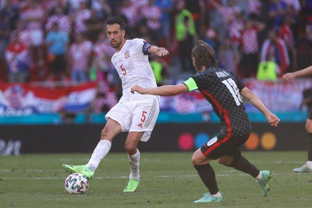 El centrocampista internacional del FC Barcelona Sergio Busquets fue elegido MVP del Croacia-España de octavos de final de la Eurocopa de 2020.