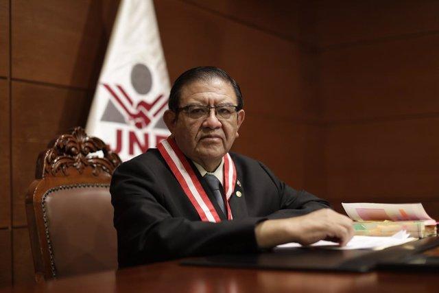 Archivo - El presidente del JNE, Jorge Salas.