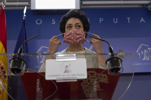 Arxiu - La diputada d'En Comú Aina Vidal intervé en una roda de premsa al Congrés