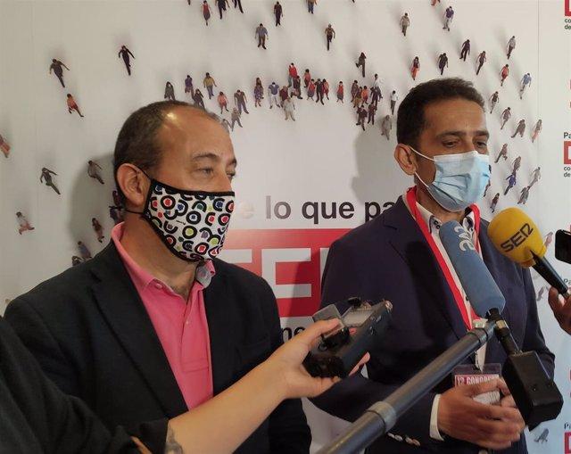 El secretario de Políticas Públicas y Protección Social, Carlos Bravo, junto al secretario general del sindicato en Castilla y León, Vicente Andrés.