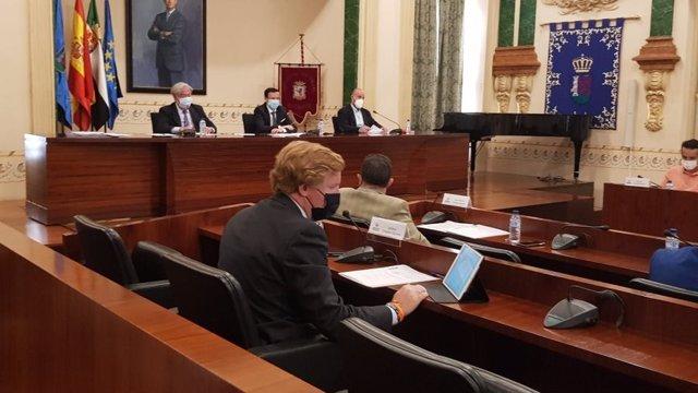 Ignacio Gragera en el pleno de la Diputación de Badajoz