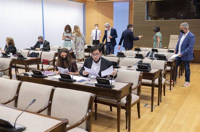 El secretario primero del Congreso y diputado de ECP, Gerardo Pisarello a su llegada a una Comisión de Asuntos Exteriores en el Congreso de los Diputados, a 29 de junio de 2021, en Madrid, (España). El objetivo de esta sesión, entre otras cuestiones, es a