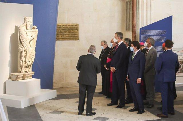 El rey Felipe visita la exposición de Las Edades del Hombre en la Catedral de Burgos
