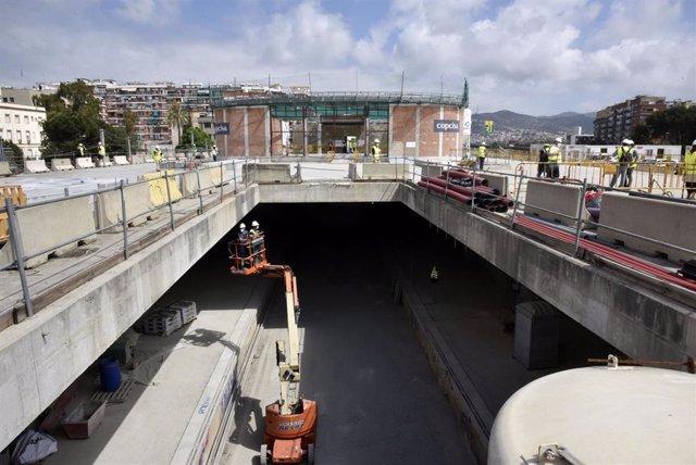 Obras de construcción de la nueva estación subterránea de Sant Andreu Comt, durante la visita de Adif, a 3 de junio de 2021, en Barcelona, Cataluña (España). Las obras de la estación comenzaron el pasado mes de enero, con el fin de sustituir la actual est