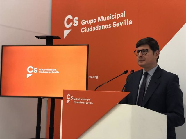 Archivo - El portavoz de Cs en el Ayuntamiento, Álvaro Pimentel, en foto de archivo