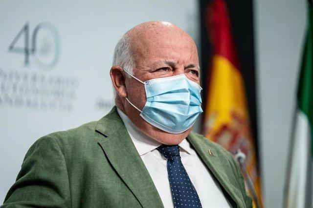 El consejero de Salud y Familias, Jesús Aguirre , comparece en la rueda de prensa posterior a la reunión del Consejo de Gobierno a 29 de junio 2021, en Sevilla (Andalucía)