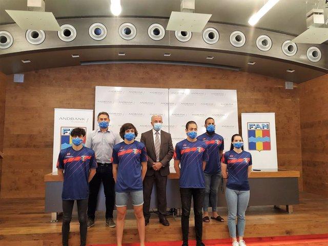 La Federació Andorrana de Natació (FAN) presenta l'equip júnior per al Campionat Europeu de Roma