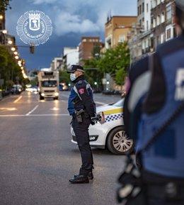 Archivo - Policía Municipal de Madrid desarrolla este semana una campaña de vigilancia y control de vehículos