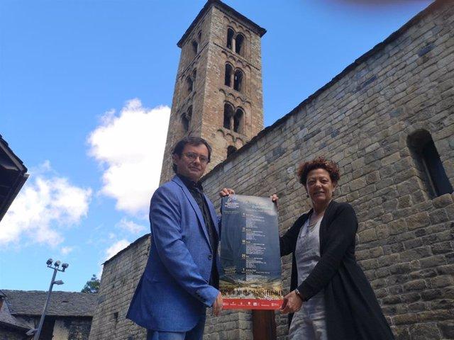 Alfons Reverté, directorde la OJC y Sònia Bruguera, vicepresidenta del Consorci Patrimoni Mundial de la Vall de Boí.