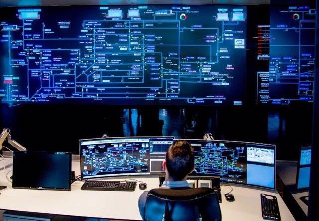 Telefónica Tech desplegará con Global Omnium 450.000 contadores de agua inteligentes en España