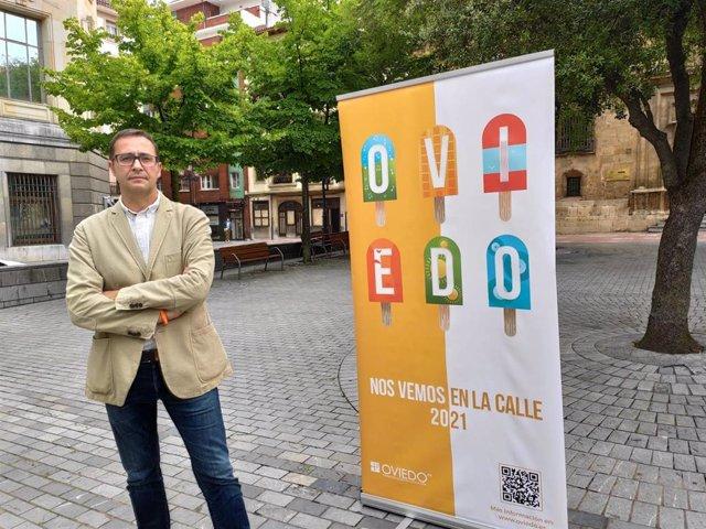 El concejal de Cultura del Ayuntamiento de Oviedo, José Luis Costillas, presenta la programación cultural para el verano.