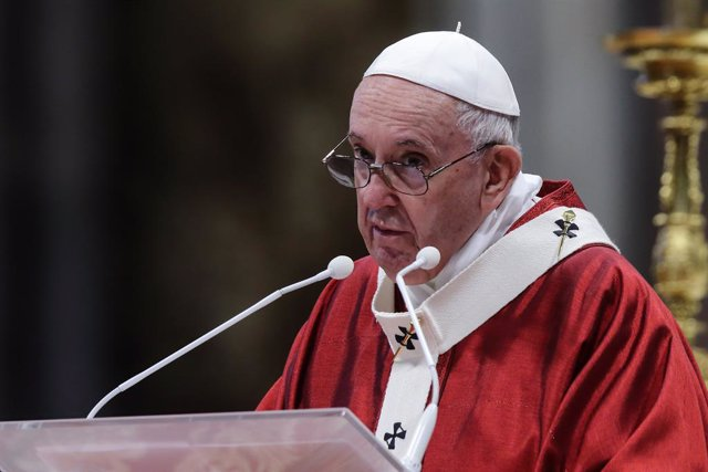 29 June 2021, Vatican, Vatican City: Pope Francis leads a holy mass on the Solemnity of Sts. Peter and Paul Apostles at St. Peter's Basilica. Photo: Evandro Inetti/ZUMA Wire/dpa