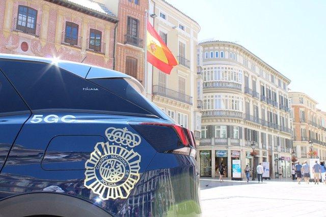 Archivo - Imagen coche de policía nacional en Málaga
