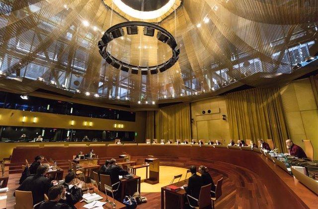 Archivo - Una vista ante el Tribunal de Justicia de la Unión Europea (Gran Sala)