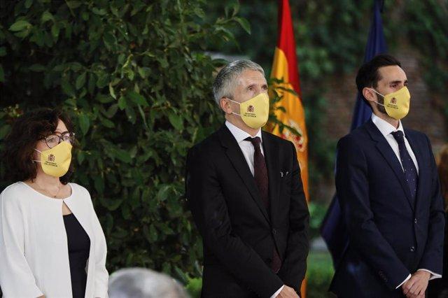 Archivo - El ministro del Interior, Fernando Grande-Marlaska, junto al secretario de Estado de Seguridad, Rafael Pérez Ruiz, y la subsecretaria del Ministerio, Isabel Goicoechea Aranguren