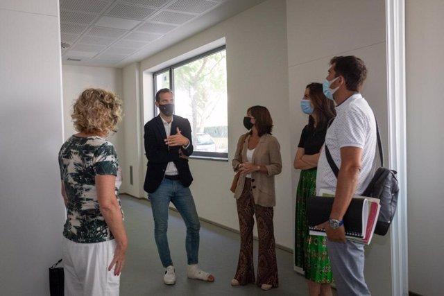Los concejales Javier Rodrigo y Carolina Andreu visitan el nuevo espacio de Parque Goya