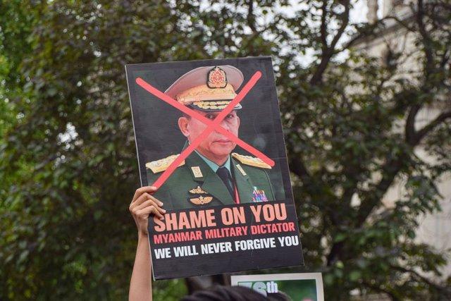 Protestas contra la junta militar de Birmania en Londres