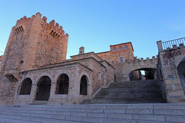 Archivo - Imagen del casco antiguo de Cáceres
