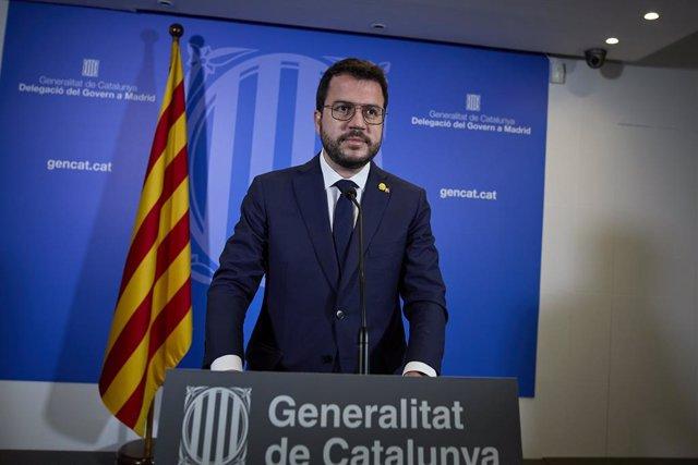 El president de la Generalitat catalana, Pere Aragonès ofrece una rueda de prensa en la librería Blanquerna tras la reunión mantenida con el presidente del Gobierno, a 29 de junio de 2021, en Madrid (España). Ambos mandatarios se han reunido hoy por prime