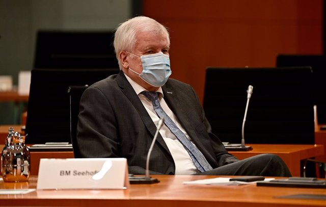 30 June 2021, Berlin: German Interior Minister Horst Seehofer attends the weekly cabinet meeting at the Chancellor's Office. Photo: Tobias Schwarz/AFP/POOL/dpa