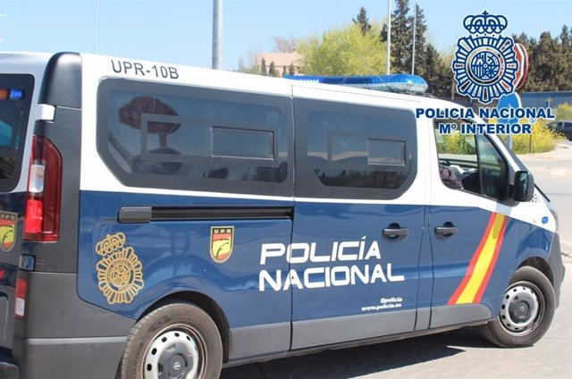 Archivo - Furgón policial en una imagen de archivo.