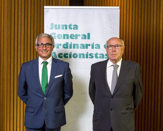 El CEO de Cementos Molins, Julio Rodríguez, i el president de l'empresa, Juan Molins