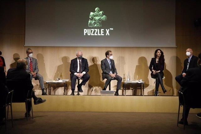 El presidente del consejo de administración de Fira de Barcelona, Pau Relat; la directora general de AMPT, Zina Jarrahi, y el director ejecutivo de GSMA, John Hoffman, durante la presentación del nuevo congreso.