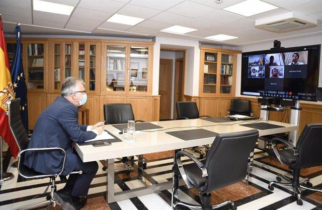 El presidente de Canarias, Ángel Víctor Torres, en la reunión de la mesa técnica de hostelería