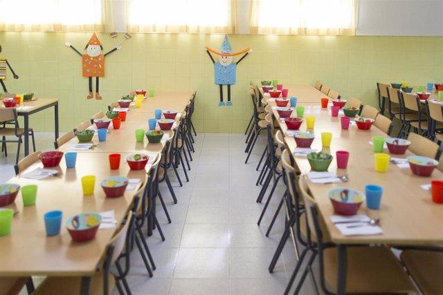 Archivo - Imagen de archivo de un comedor escolar de un colegio de Madrid