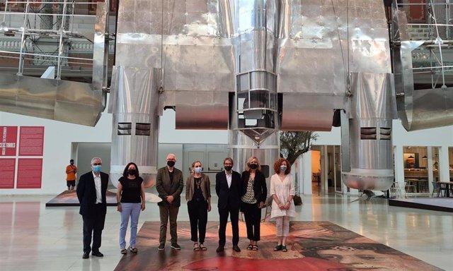 Las direcciones de los Museos Articket y la dirección general de Tram en la cúpula del MNAC