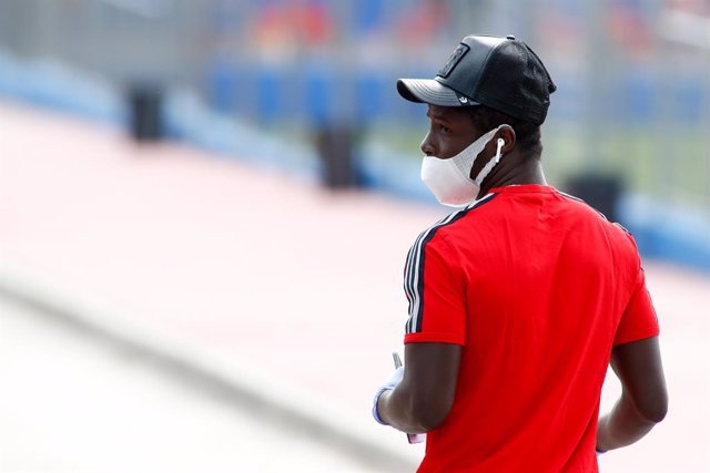 Archivo - Amath Ndiaye of Getafe arrives to take a medical test at Ciudad Deportiva of Getafe CF to check the state of their health before starting the training phase during Phase 0 of de-confinement due to the state of alarm decreed in Spain by coronavir