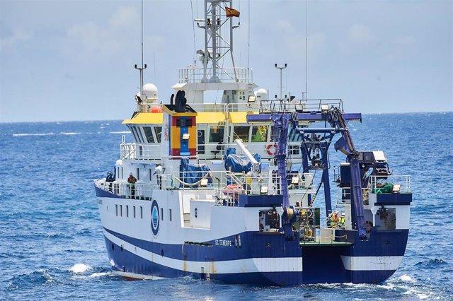 Buque oceanográfico 'Ángeles Alvariño' que ha estado buscando en el litoral de Tenerife los cuerpos de Tomás Gimeno y sus hijas, Anna y Olivia