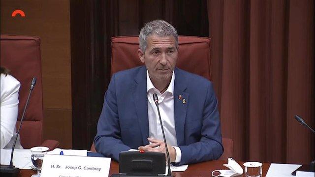 El conseller d'Educació de la Generalitat, Josep Gonzàlez-Cambray, en la comissió d'Educació del Parlament