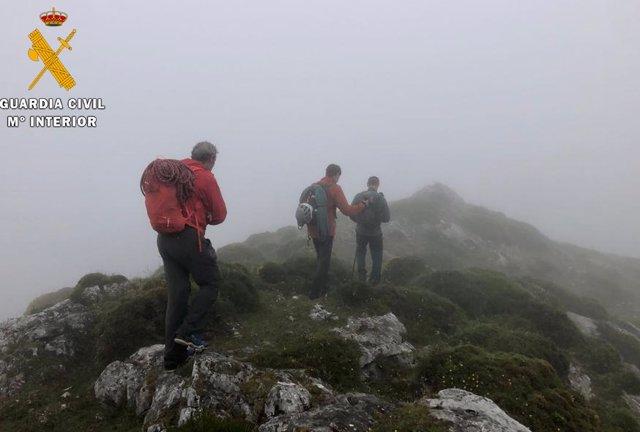 Rescate de los montañeros por la Guardia Civil